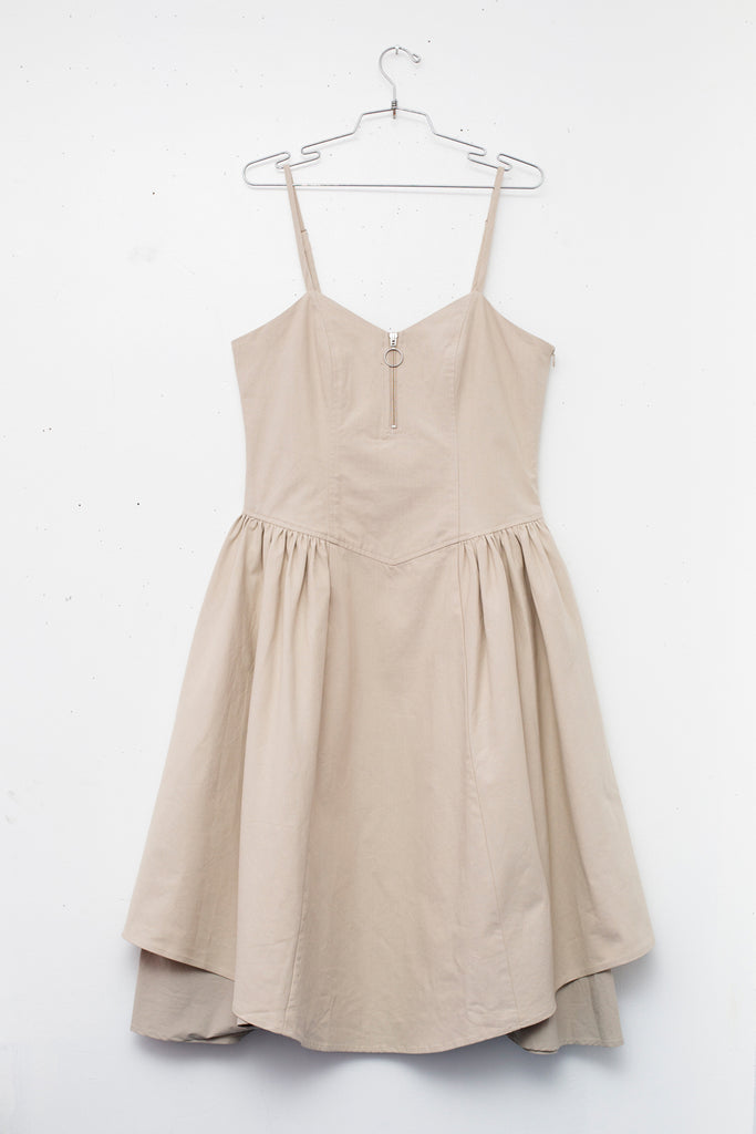 DIARA DRESS in Putty.