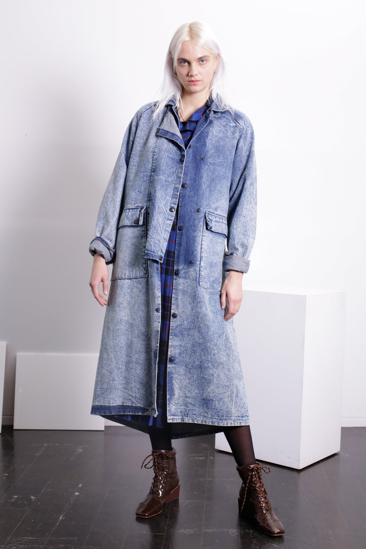 SINGLES Stonewashed Denim Long Jacket