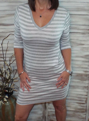 Sexy V Neck 3/4 Sleeve Pocket Striped Fitting Summer Dress Gray White S/M/L