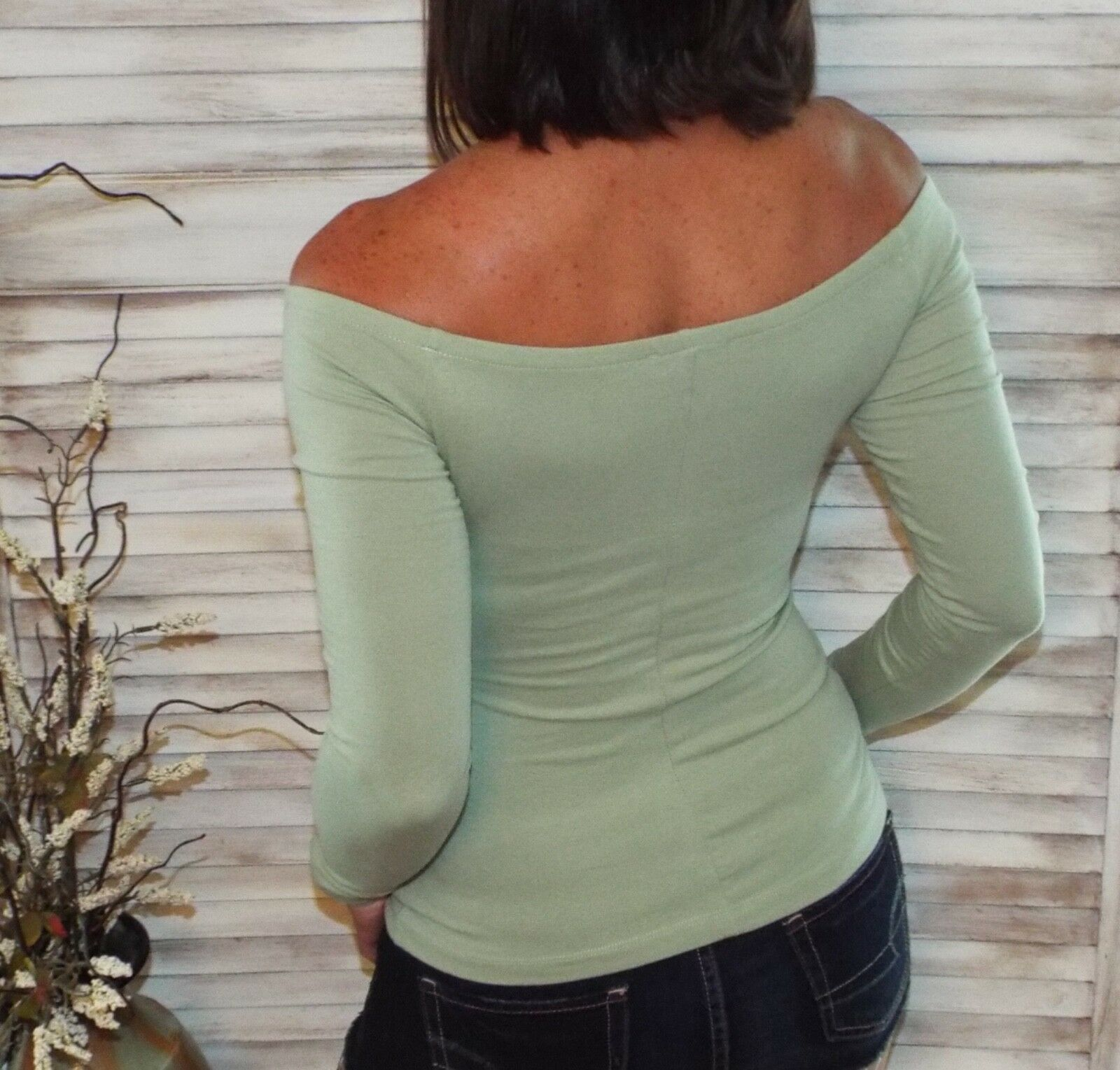 Very Sexy Off Shoulder Form Fitting Long Sleeve Blouse Shirt Top Green S/M/L