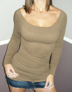 Very Sexy Low Cut Cleavage Off Shoulder Sweater Blouse Shirt Top Mocha S/M M/L