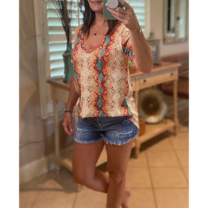 """Viper Top"" Snakeskin V-Neck Short Sleeve Light Low Gauge Sweater Orange Multi S/M/L/XL"