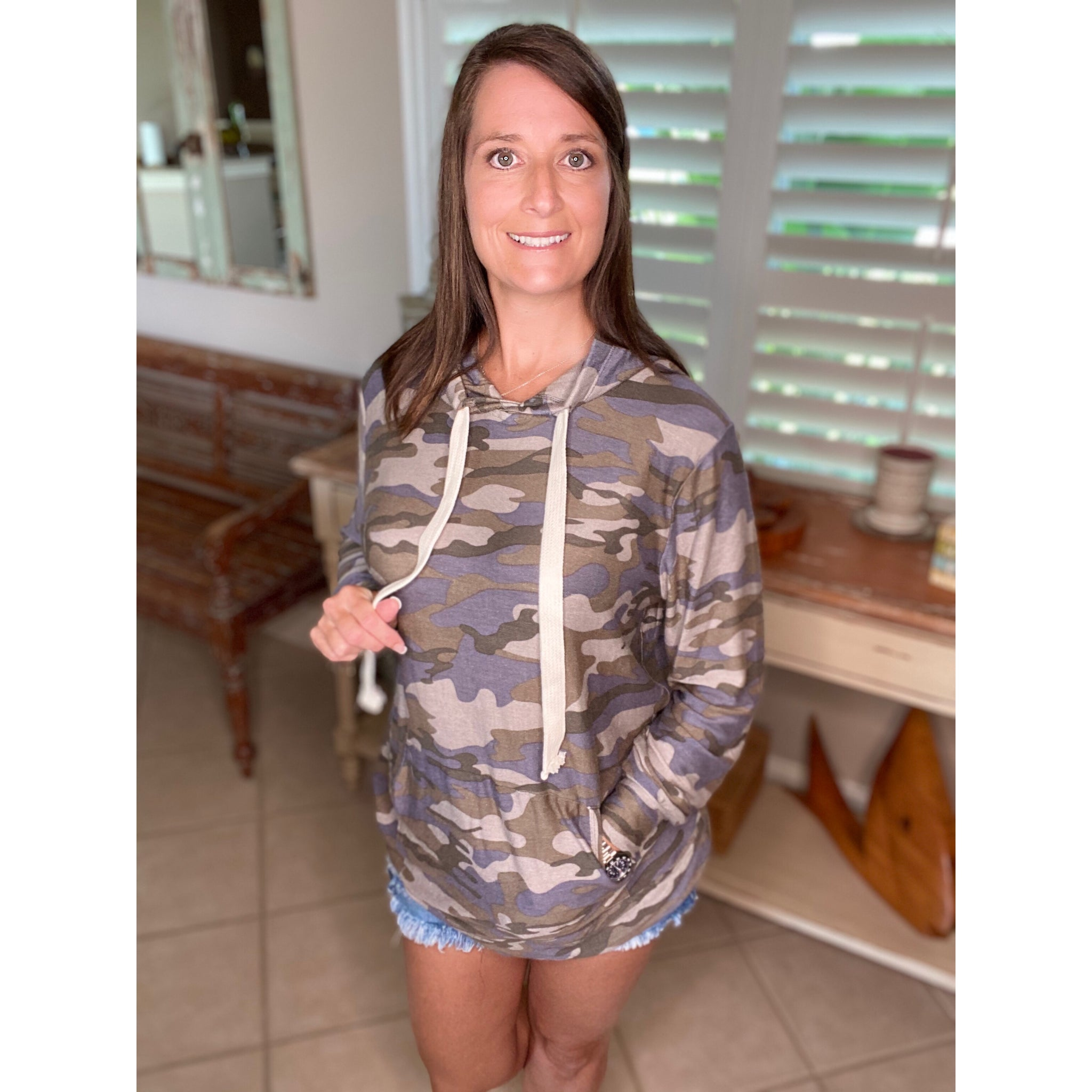 """Perfect Hideout Hoodie"" Camouflage Kangaroo Pocket Drawstring Hoodie Banded Bottom Gray Blue S/M/L/XL"