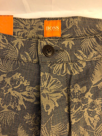 NWT Boss Hugo Boss Sairy Mens Modern Shorts Size 36R US - BAYSUPERSTORE