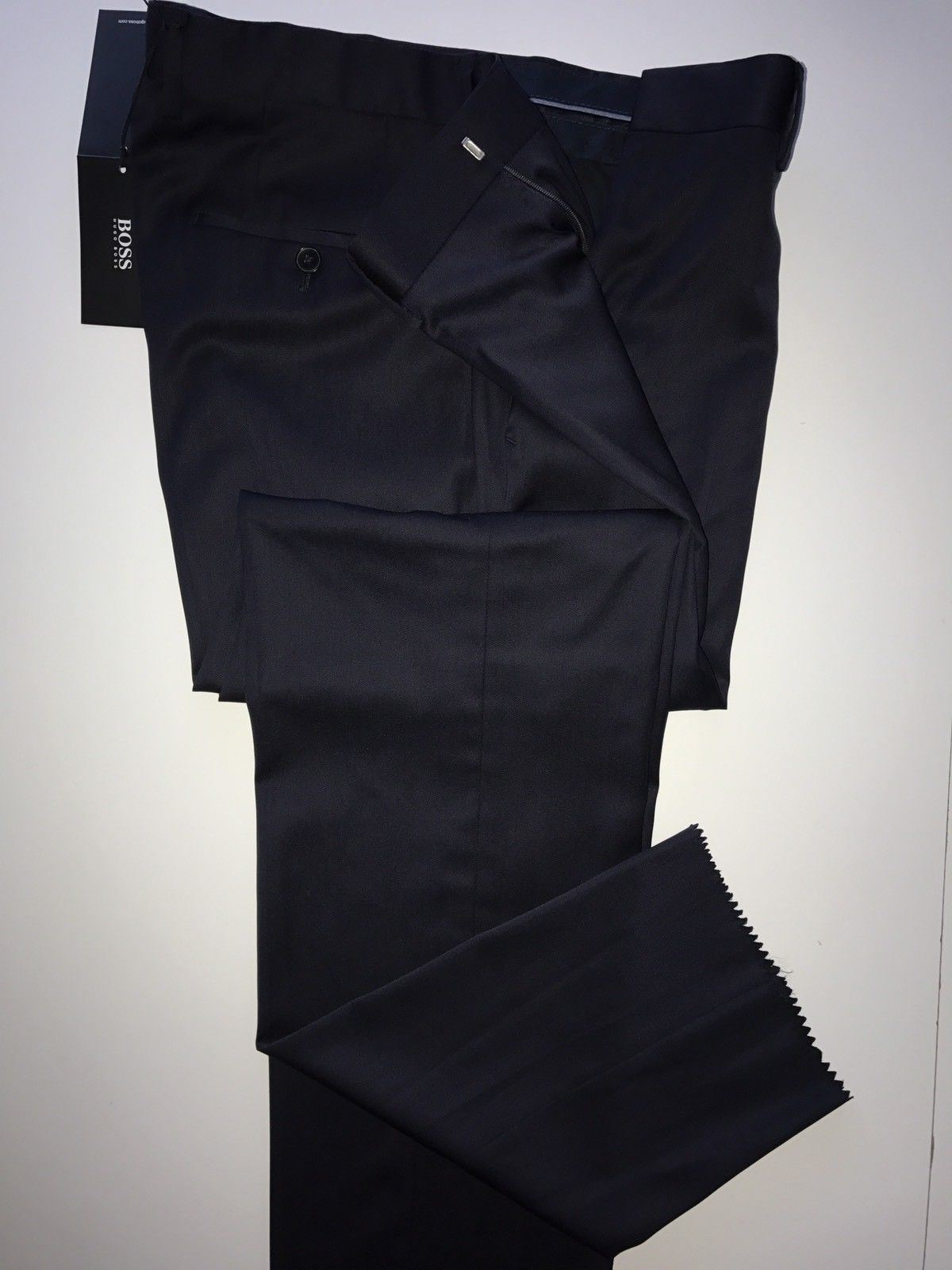 NWT $255 Boss Hugo Boss Genesis2 Mens Wool Navy Blue  Dress Pants Size 36R US