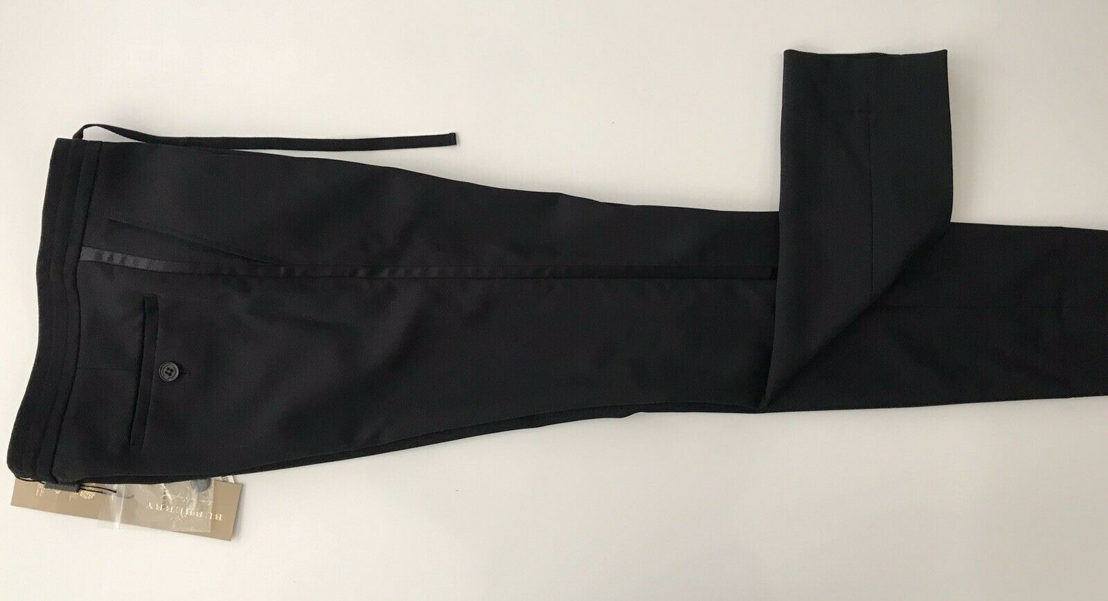 NWT 550 Burberry London Women's Wool Casual Black Pants Size 6 US (40 EU)