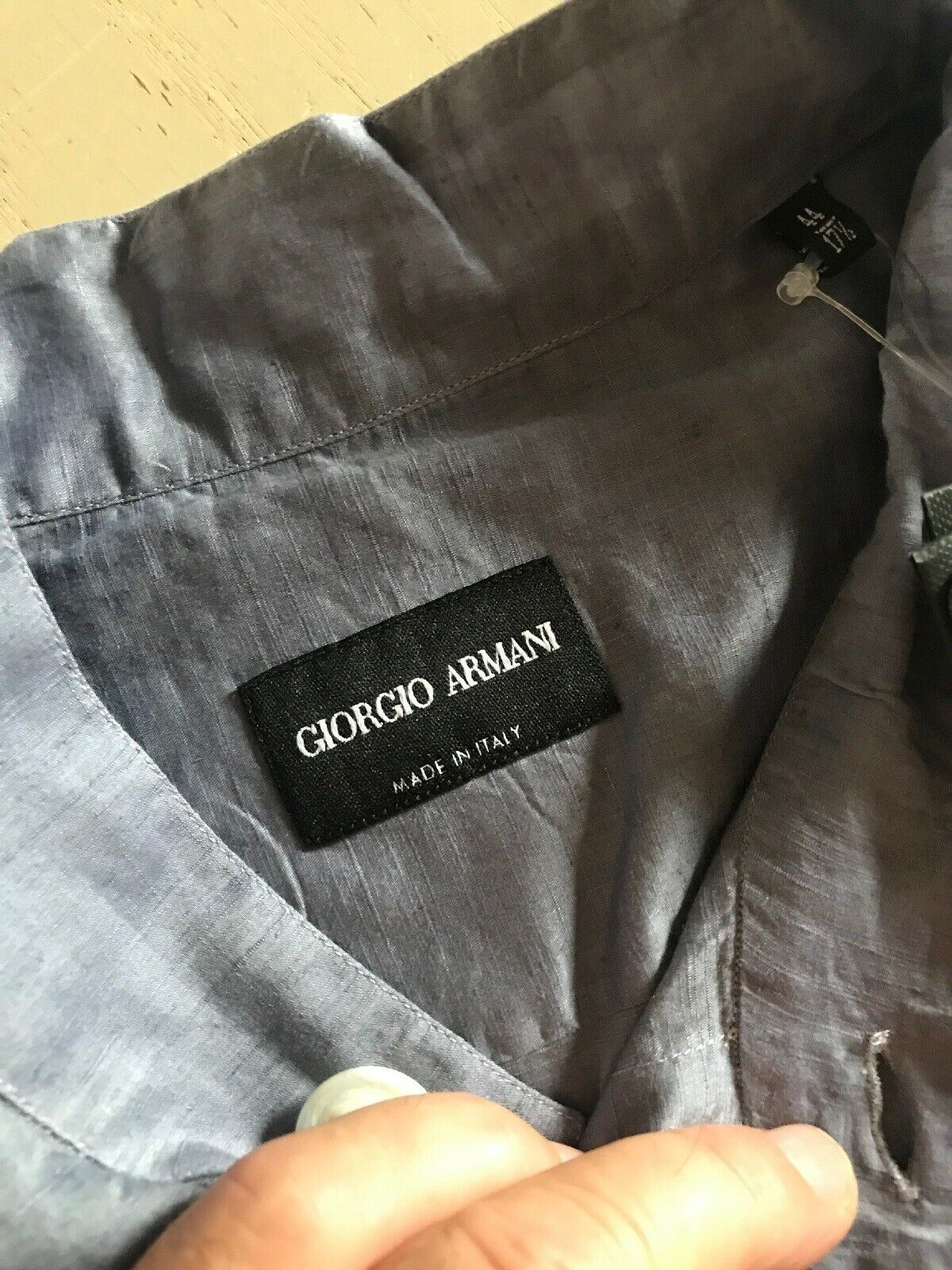 NWT $825 Giorgio Armani Mens LT Blue Dress Shirt 44/17.5 Italy