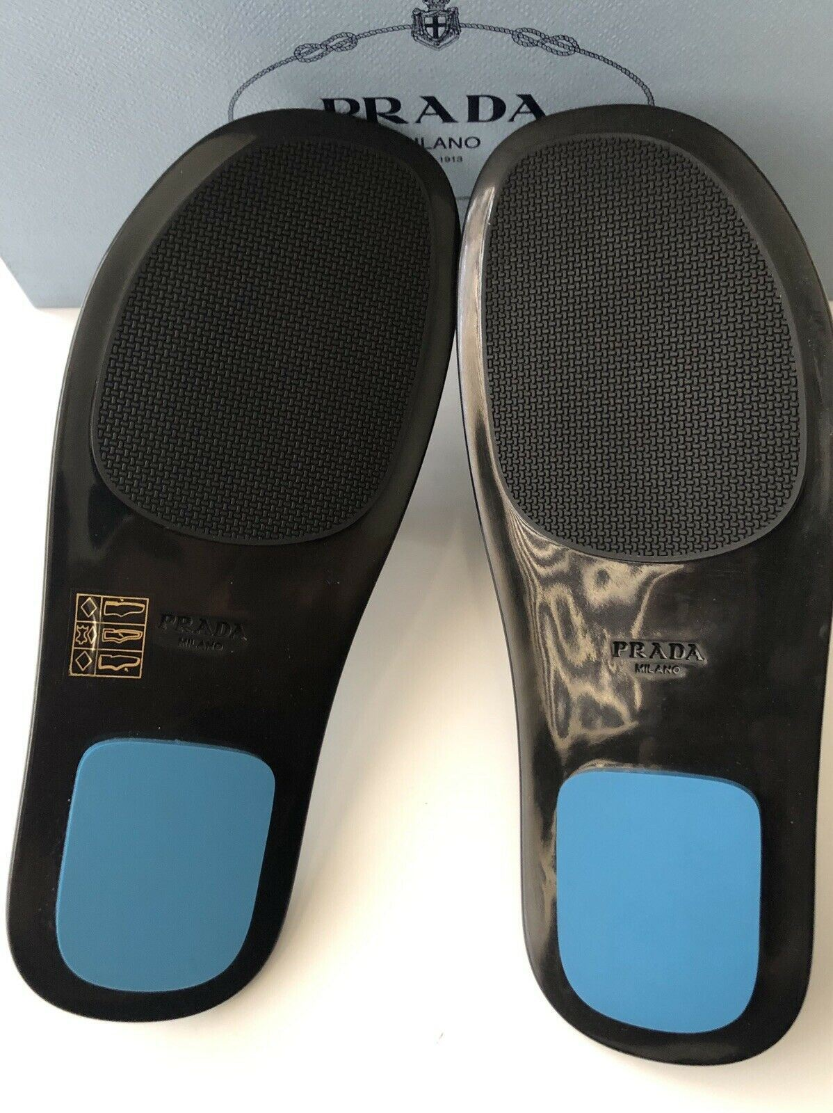 NIB $660 PRADA Milano Women's Black Rubber Sandals 6.5 US 1XX344 Made in Italy