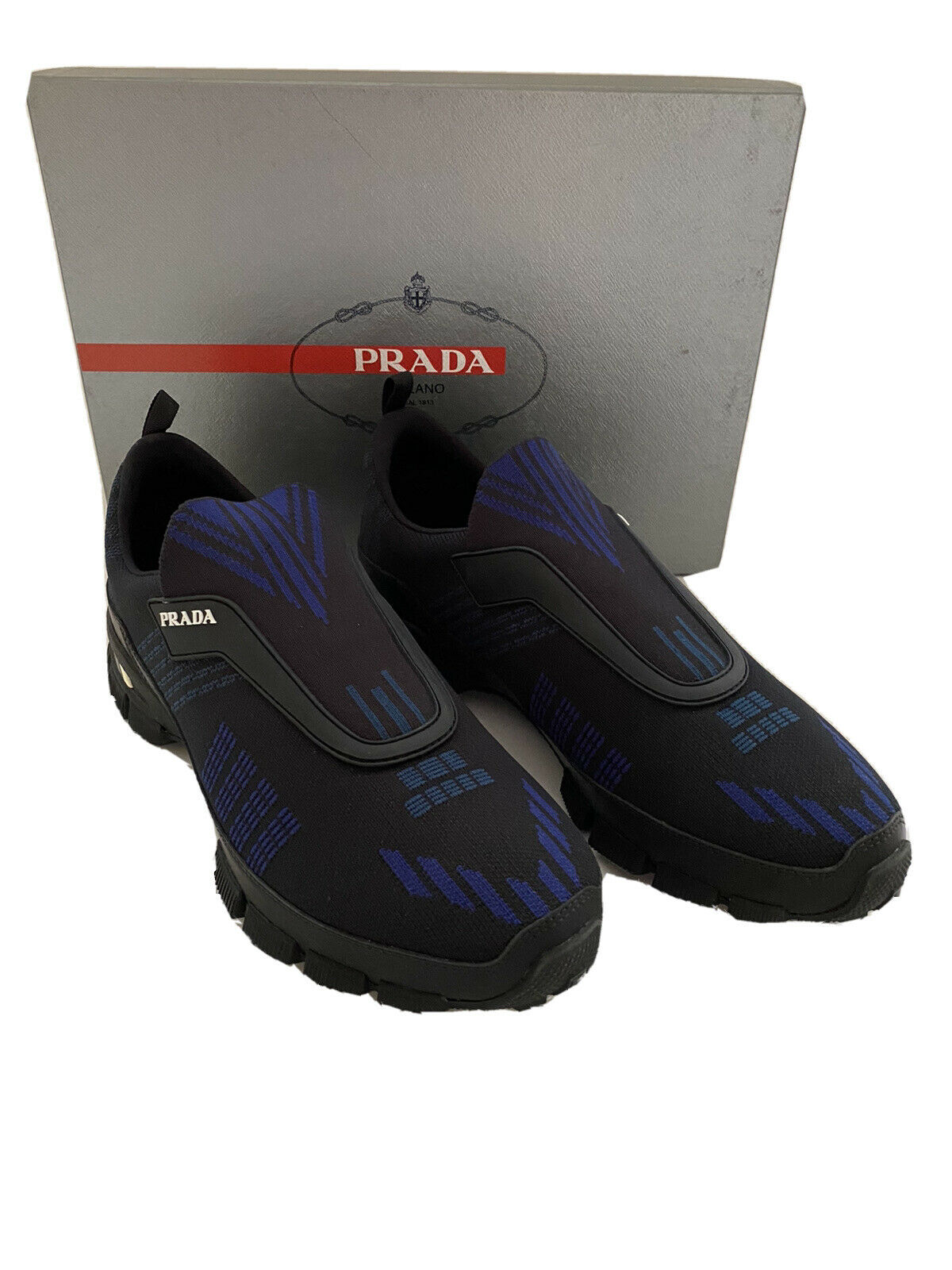 NIB $795 PRADA Men's  Black/Blue Knitted Nylon/Leather Sneakers 8.5 US 4O3223