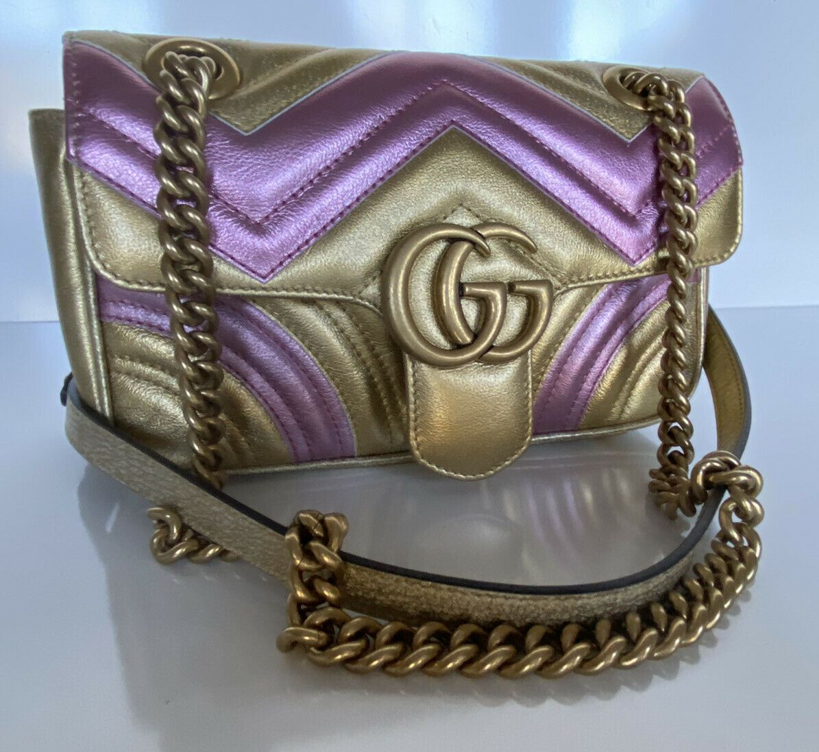 GUCCI Mini GG Marmont Matelasse Metallic Leather Shoulder Bag Gold/Pink Limited