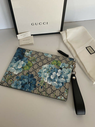 NWT GUCCI Blooms Supreme Wristlet Clutch Bag Pouch with Gucci box   546349