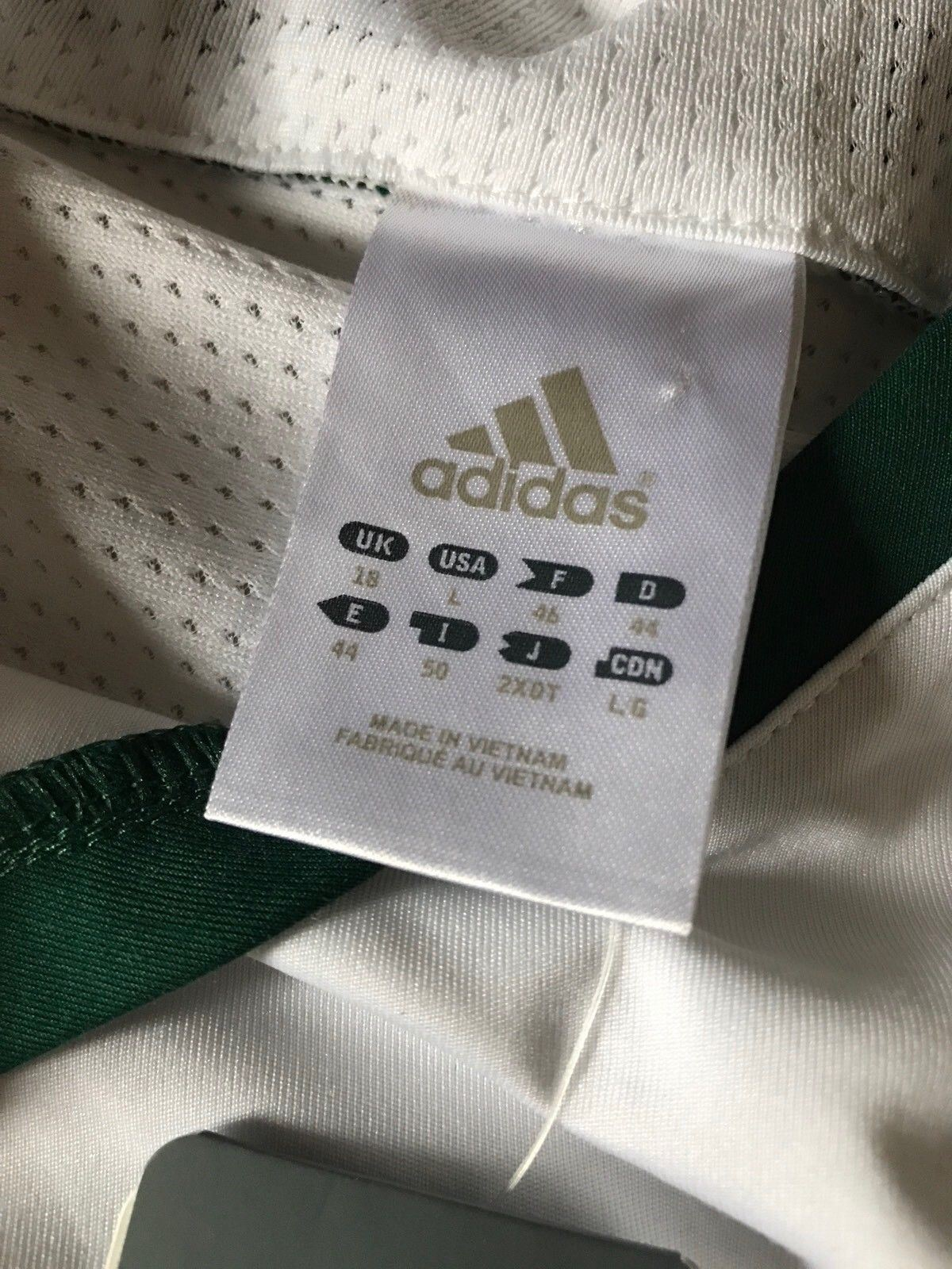 New adidas Men's Sleeveless Shirt White Size L - BAYSUPERSTORE