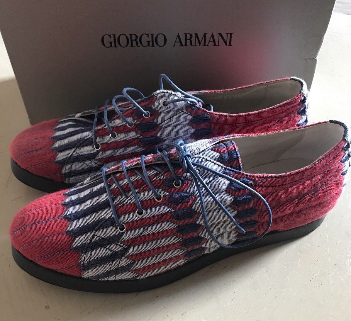 NIB $825 Giorgio Armani Women's  Flats Knight Shoes Sneakers Blue/Red 9.5 US - BAYSUPERSTORE