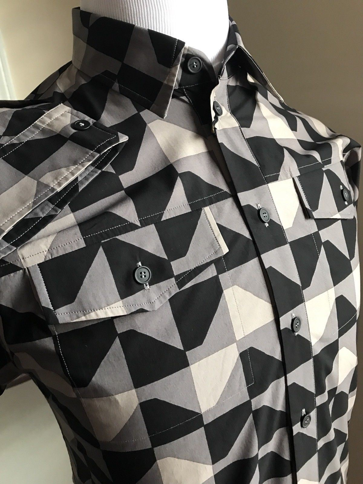 NWT $850 Bottega Veneta Men Dress Shirt Black-Bitumen  US S ( 48 Eu ) Italy - BAYSUPERSTORE
