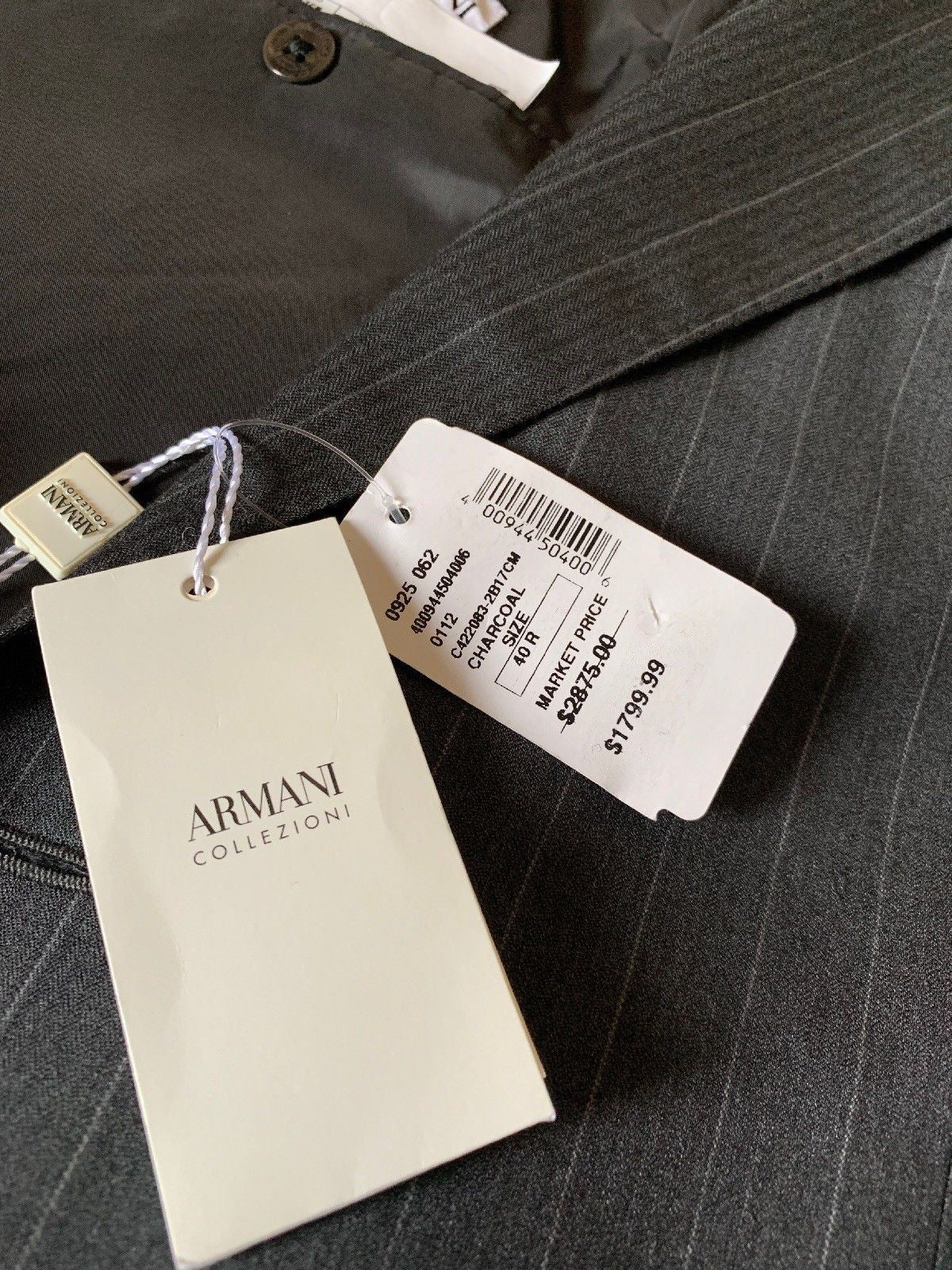New $2875 Armani Collezioni Mens Suit Gray 40 US ( 50 Eur) Italy