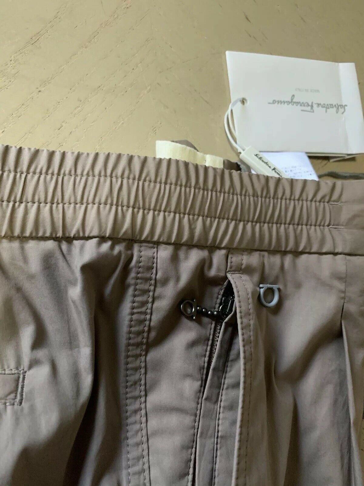 NWT $530 Salvatore Ferragamo Mens Pants  Taupe/Brown 38 US ( 54 Eu ) Italy