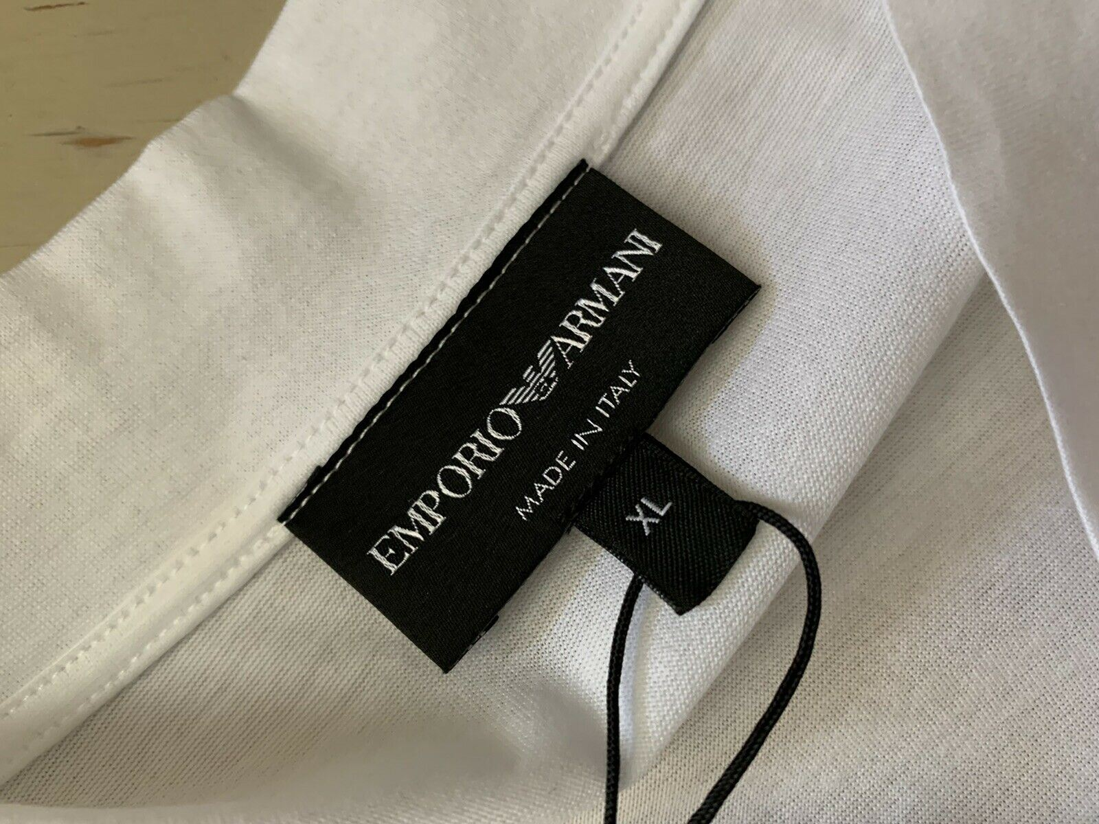 NWT $375 Emporio Armani Mens T Shirt While XL Italy