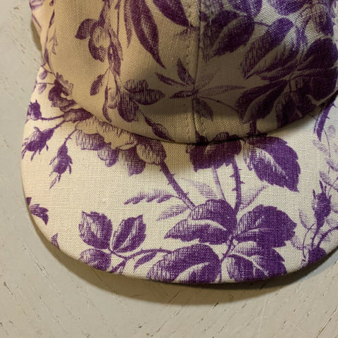 NWT $475 Gucci Womens Hat Purple/Cream Size M Italy