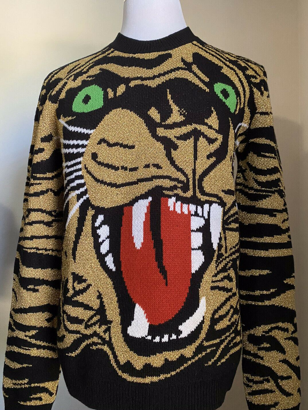 NWT $1500 Gucci Men Tiger Print Crewneck Sweater Black/Gold M Italy