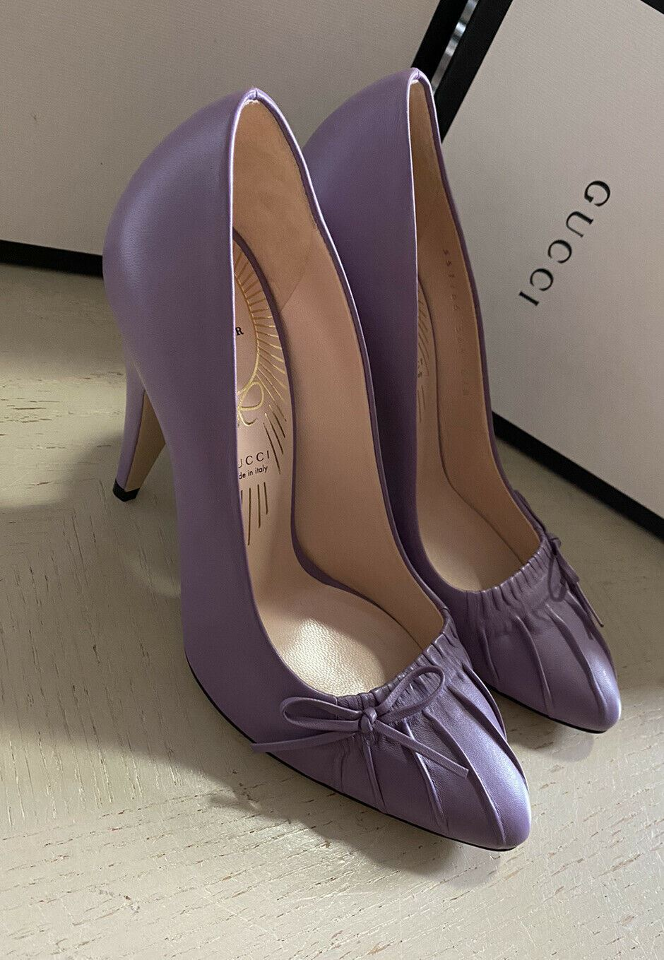 NIB $795 Gucci Women  New Lavender Leather Shoes Purple 6.5 US/36.5 Eu Italy