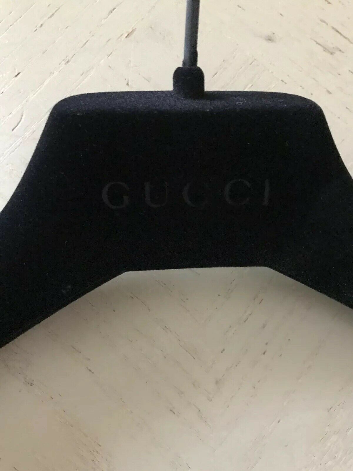 New Gucci Non-slip Black Velvet Suit  cloth Hanger