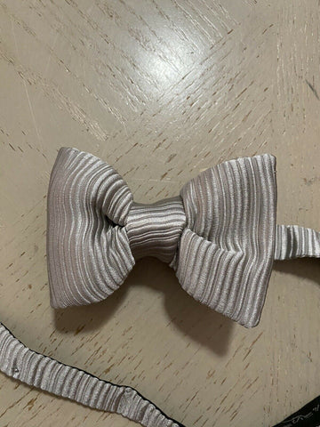 New $260 TOM FORD 100% Silk Bow Tie Silver Made in Italy