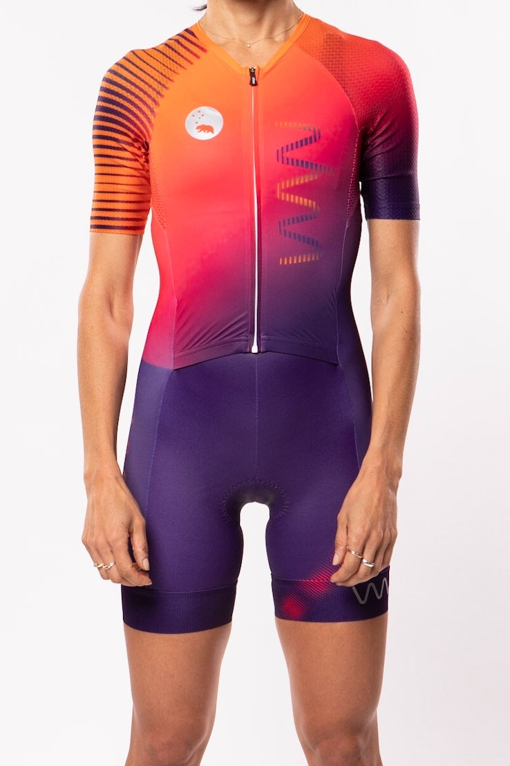 women's neptune aero+sleeved tri suit 2.5 - beacon