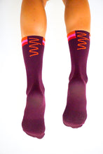 Load image into Gallery viewer, solana socks (S/M, M/L)