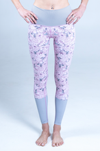 Load image into Gallery viewer, All. The. Things. legging - peonies