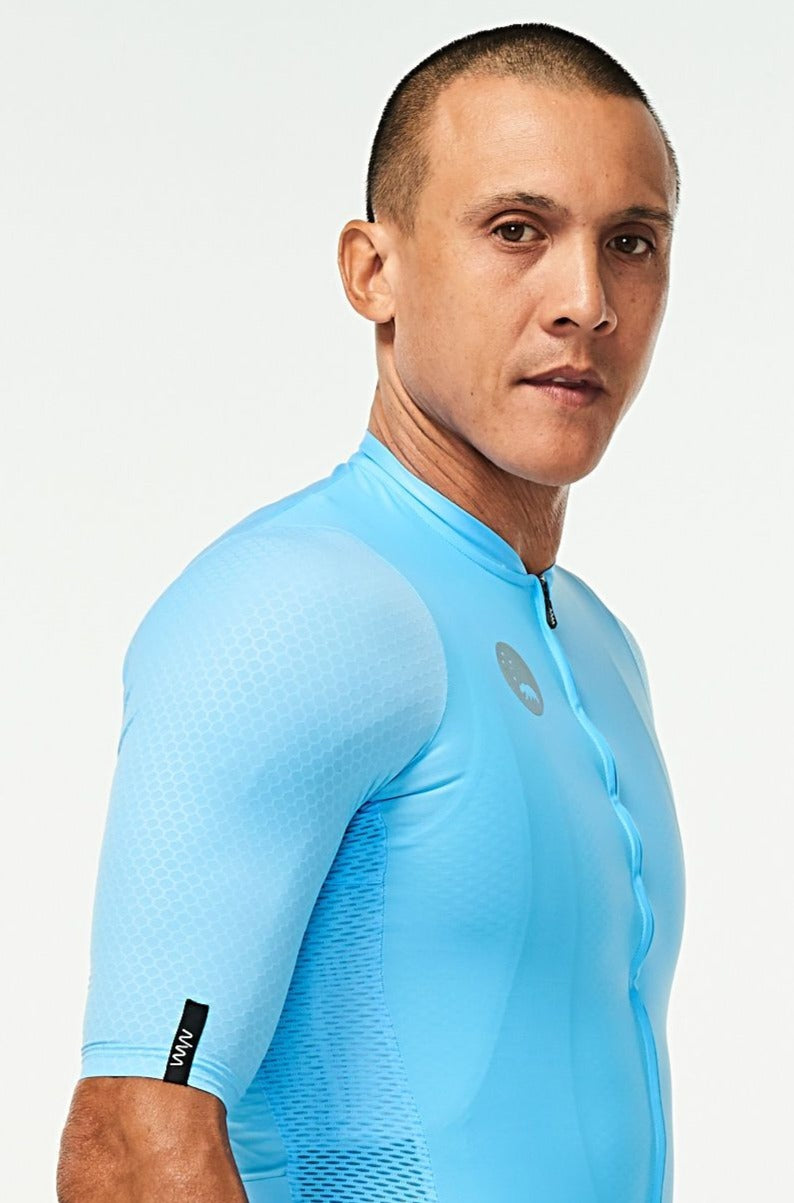 Right arm of men's Sky Blue Hex Racer Jersey. Aerodynamic sleeves with Italian Hex fabric.