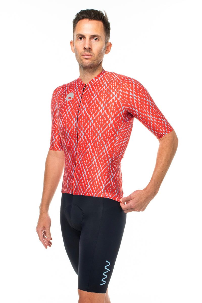 Left view of Fuse cycling jersey.  Breathable cycling jersey.