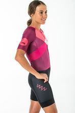 Load image into Gallery viewer, women's carrefour aero+ sleeved triathlon suit 2.5 - solana