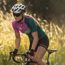 Load image into Gallery viewer, women's soglia premium cycling jersey 2.5 - amalfi