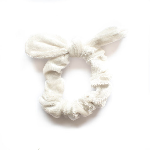 Velvet Scrunchie - Cream