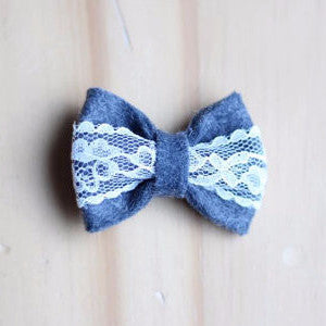 Grey and lace bow with clip