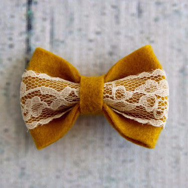 Mustard and lace bow with clip