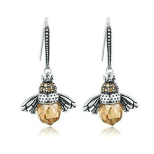 Load image into Gallery viewer, Bee earrings