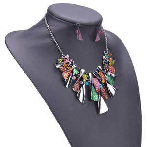 Colourful geometric jewellery set