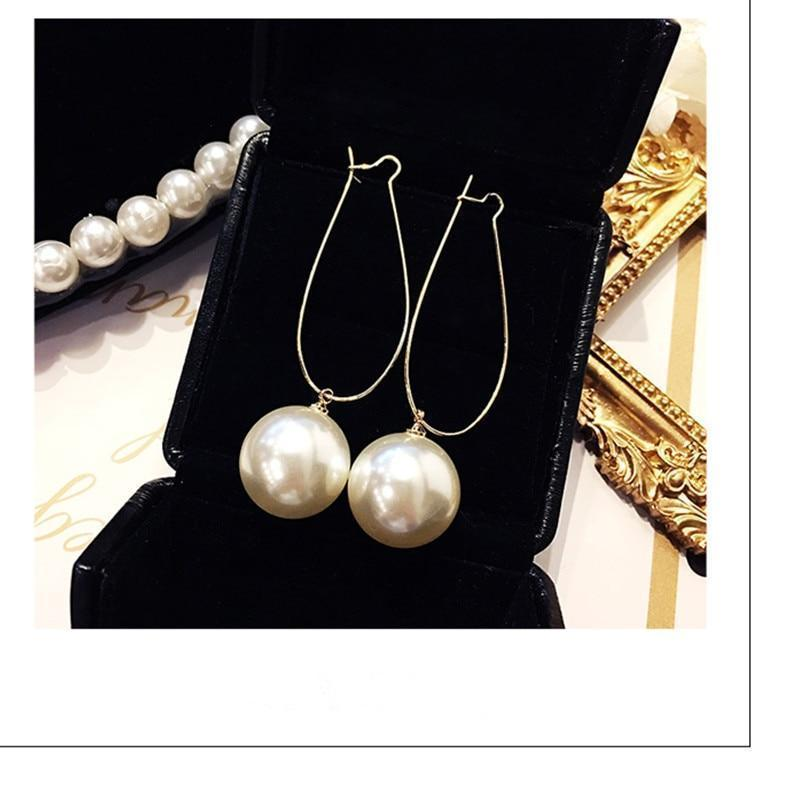 Pearl of love earrings