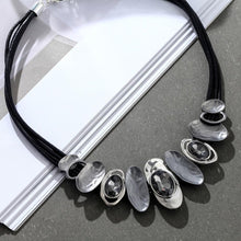Load image into Gallery viewer, Trendy modern necklace