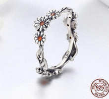 Load image into Gallery viewer, Twisted daisy ring