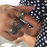 Fashionable Antique Silver Ring Geometric Elephant Flower Green Rhinestone Finger Rings Midi Finger