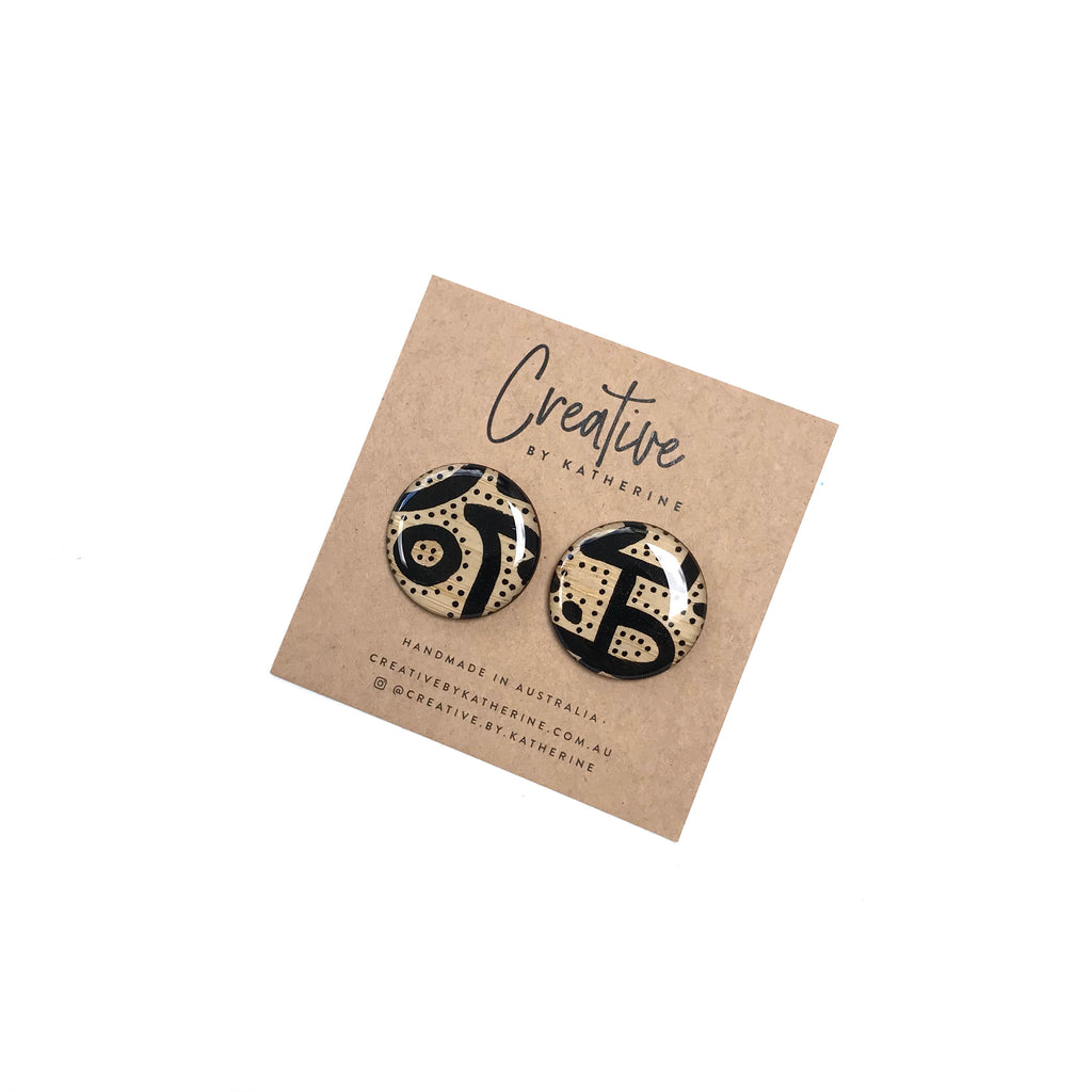 Coloured Karuna - black large circle studs