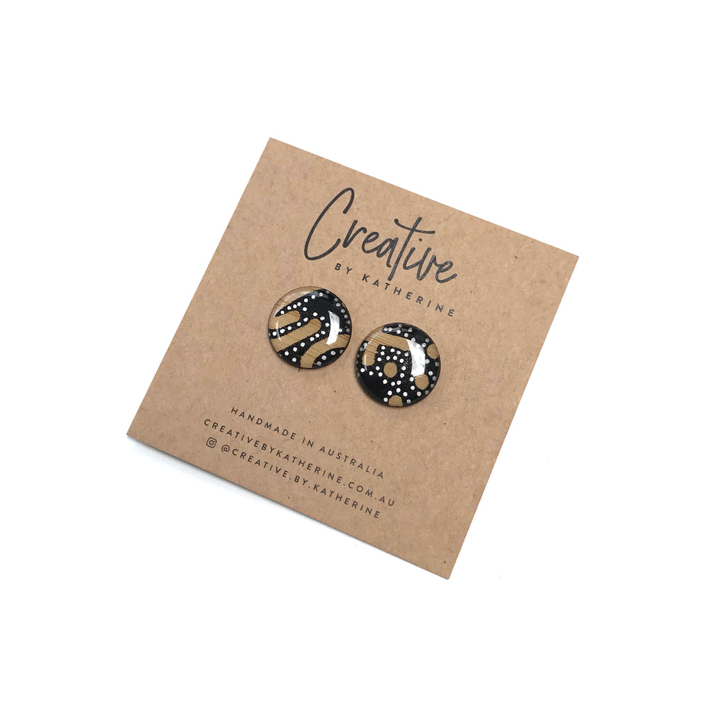 Coloured Karuna - black circle studs