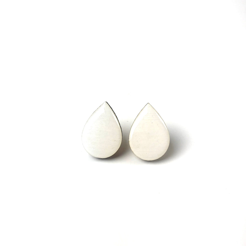 Large tear drop studs - All white