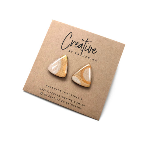 Metallic circle studs - triangle