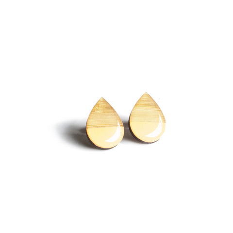Large tear drop studs - Peach