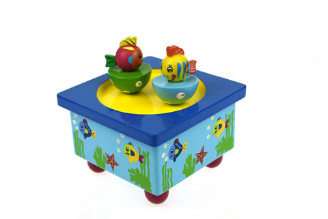 Fish Wooden Wind Up Music Box - Salsa and Gigi Australia MI124 01
