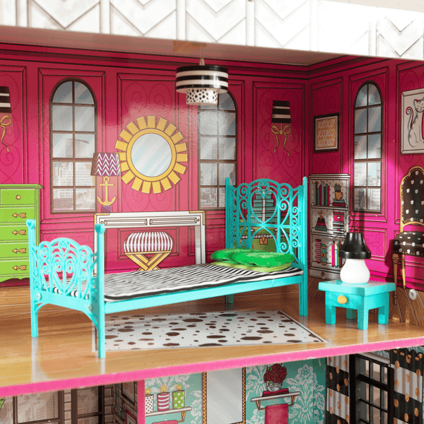 Brooklyn's Loft Dollhouse - Salsa and Gigi