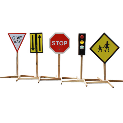 Q Toys traffic signs pretend play child size give way sign both ways stop sign red green yellow traffic lights pedestrian crossing sturdy wooden base